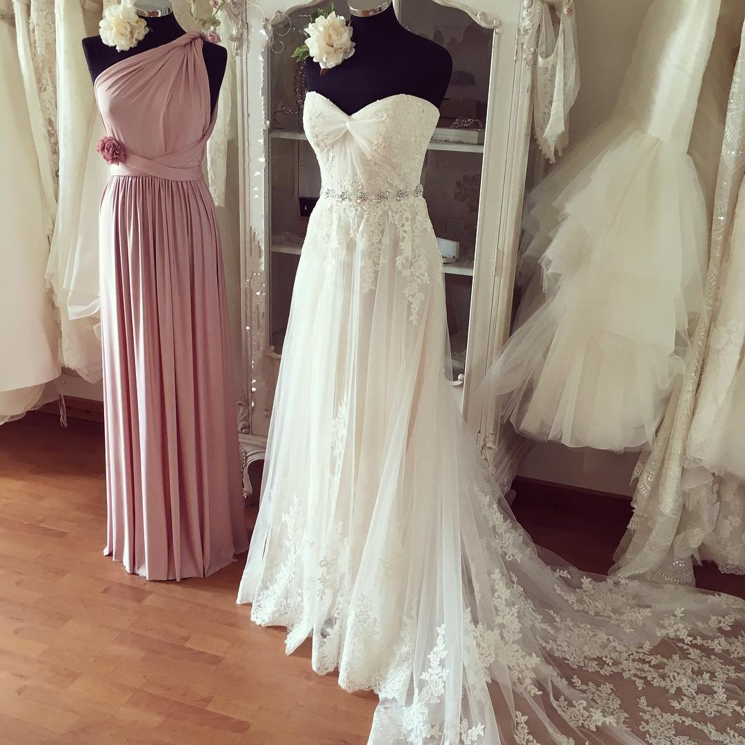 Pleated Sweetheart Lace Appliques Beach Wedding Dresses Boho Wedding Gowns,412